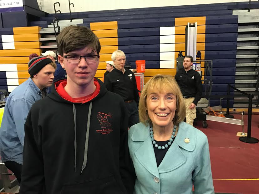 Robotics at SNHU with Senator Hassan